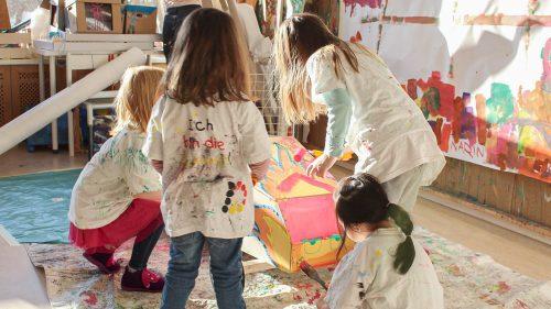 INA.KINDER.GARTEN Prenzlauer Berg, Kinder beim Malen